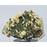 Стильбит, кальцит, пирит, м-ние Соколовское, Сев. Казахстан, 70х55х25мм.