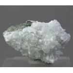 Гидроксиапофиллит, сколецит, м-ние Баженовское, Свердловская область, 40х25х15 мм.