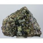 Эпидот, апатит, андрадит, м-ние Малый Куйбас, Челябинская область, 80х60х45 мм.
